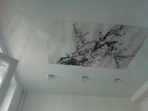 Какой может быть фактура натяжного потолка