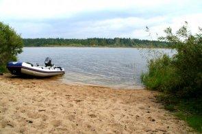 О чем надо знать при покупке участка на берегу озера