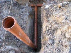 Особенности монтажа уличной канализации в частном доме
