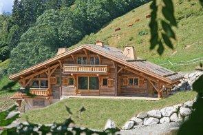 Строительство деревянных домов в стиле шале